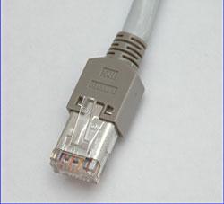 Stecker für Twisted Pair Netzwerk-Anschluss