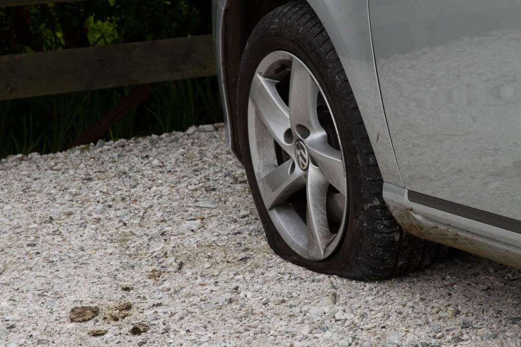 Platter Reifen an VW Passat