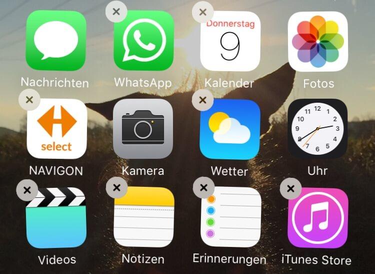 iPhone Apps löschen mit Kreuz auf Symbol