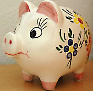 Sparen mit dem Sparschwein - (Foto: Martin Goldmann)