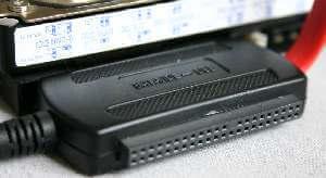 externer Festplattenadapter - (Foto: Markus Schraudolph)