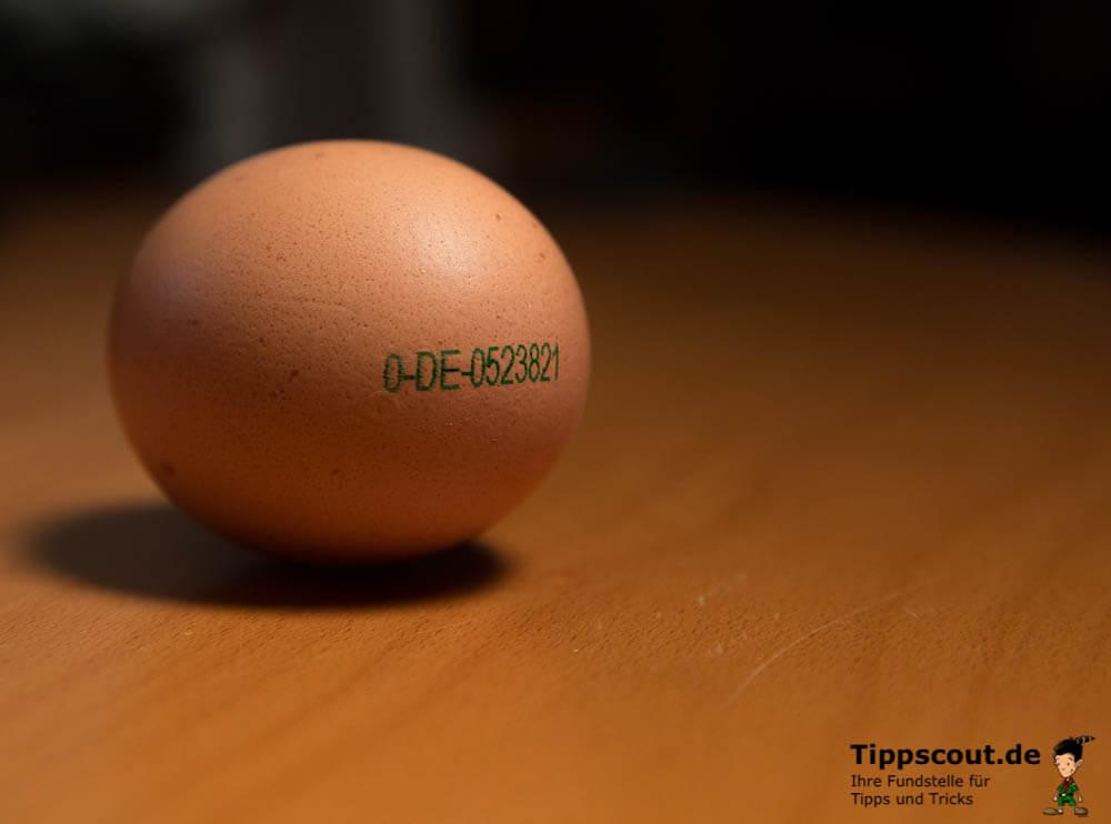 Stempel auf einem Ei 0-DE-0523821