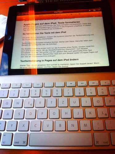 iPad mit Mac-Tastatur - (Foto: Martin Goldmann)