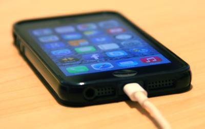Iphone angekoppelt - (Foto: Markus Schraudolph)