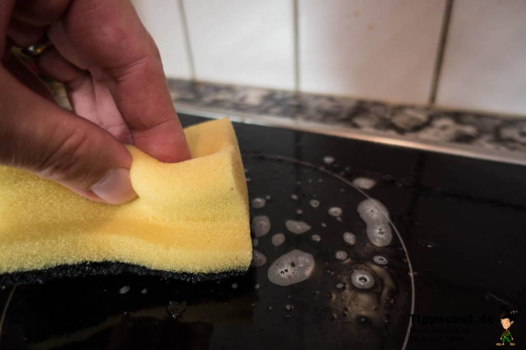 Ceran Kochfeld Reinigen Wenn Es Eingebrannt Und Verschmutzt Ist